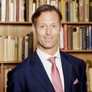 Prim. Univ. - Prof. Dr. med. univ. Christian Fialka, MBA