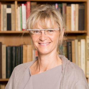 Prim. Univ.- Prof. Dr. med. univ. Manuela Födinger