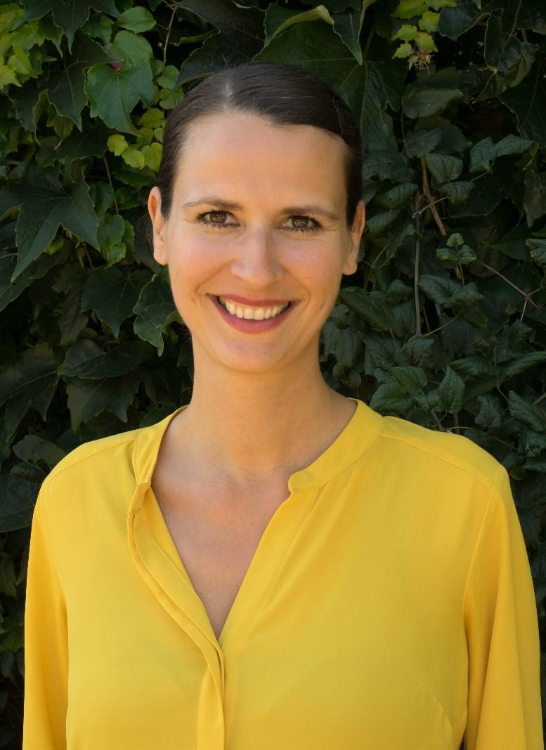 Dr. Elise Buntebart, rer. med.